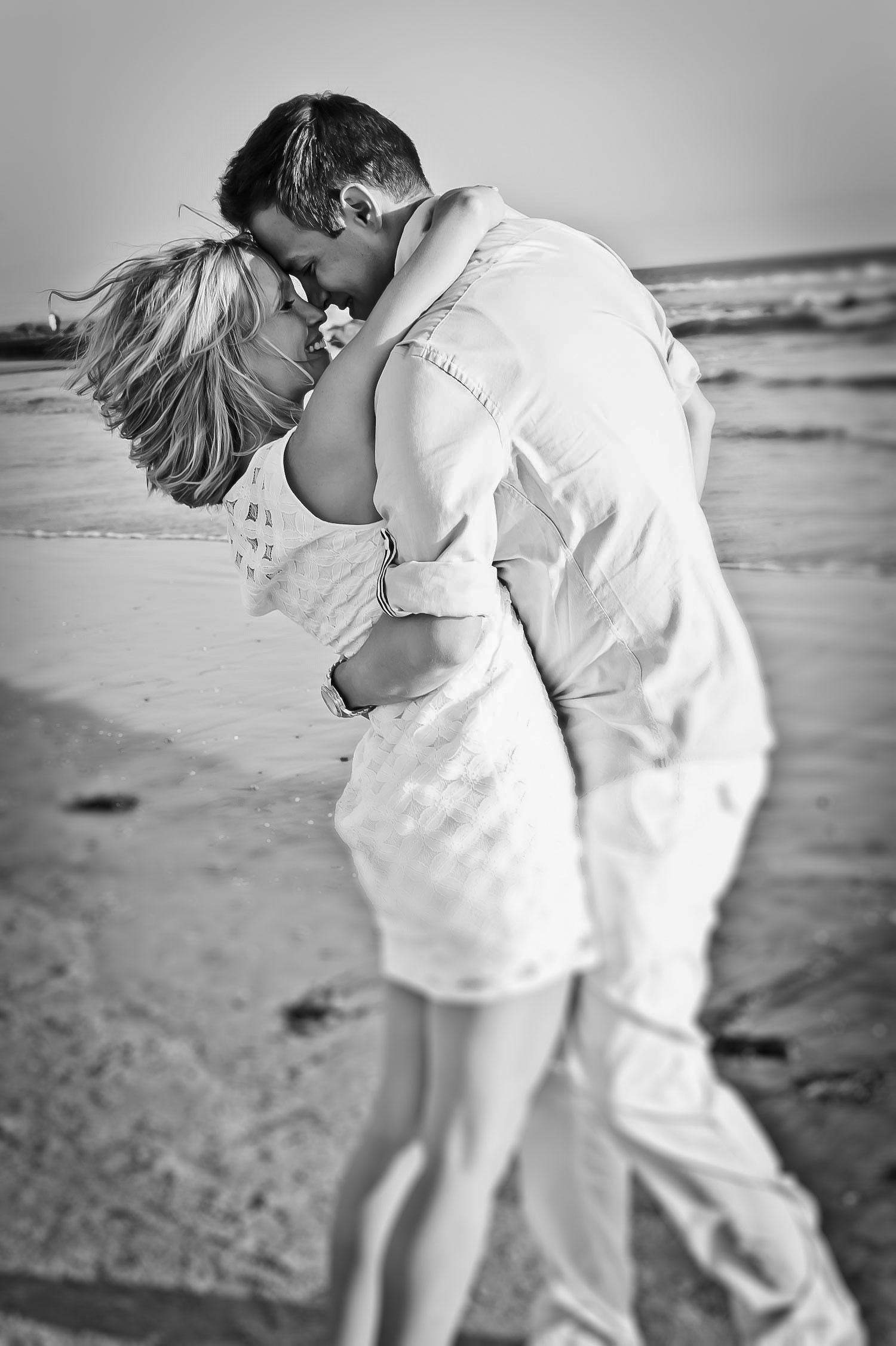 Engagement Photography | Coronado Beach CA | Mel and Tim Photography